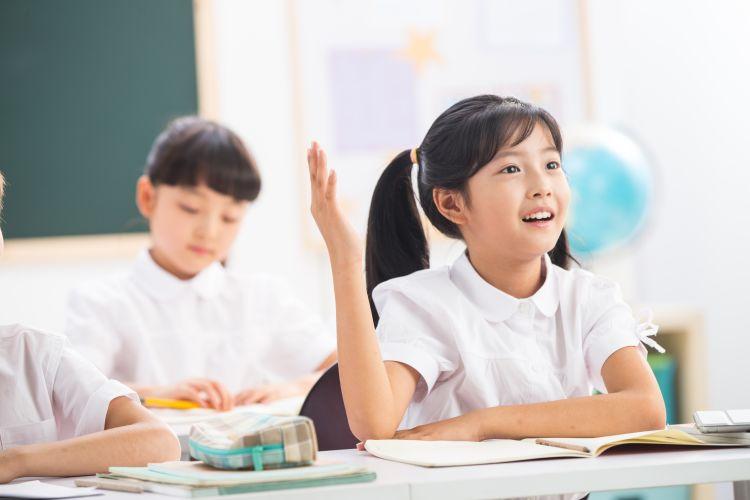 【0元学+双重大礼】《摩比爱古诗》帮孩子用更轻松的方法,快速搞定小学新课标120首古诗