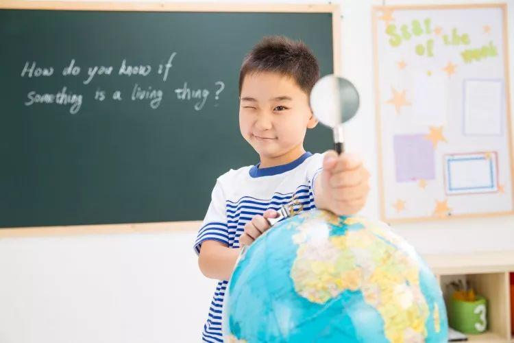 """珍惜孩子的每个""""为什么""""!好奇心能让你的宝贝拉开和其他人的差距!"""